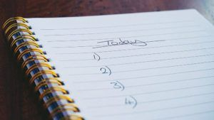 Notepad with an empty list for today's workplan